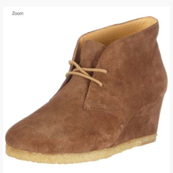9025c8abf52 Clarks Shoes | Yarra Desert Women Suede Boots Uk 7 Us 9 | Poshmark